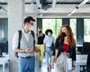40% des infections au sein d'un cluster liées au lieu de travail
