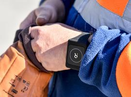 Un bracelet digital anti Covid-19 testé au Port d'Anvers