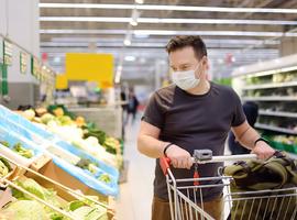 Oost-Vlaamse gouverneur schrapt mondmaskerplicht in supermarkten in Deinze
