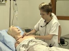 Un laboratoire de simulation clinique pour les futurs infirmiers de la Haute Ecole de la Province de Liège