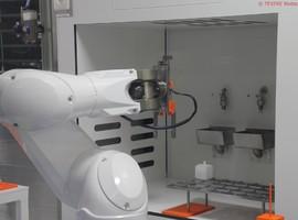 Première mondiale en Belgique : des robots révolutionnent la production de greffons osseux