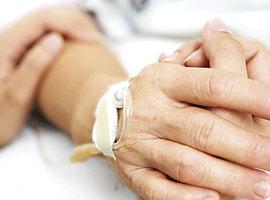 Franse comapatiënt Vincent Lambert overleden na stopzetten behandeling