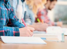 Examen d'entrée : Des étudiants à nouveau trop nombreux.