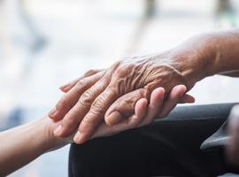 VUB en UGent ontwikkelen zorgprogramma voor beter levenseinde in de geriatrie