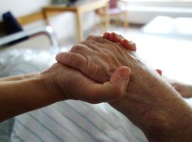 Les familles davantage impliquées dans la fin de vie des déments