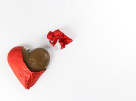 Consommer régulièrement du chocolat pour réduire son risque de FA?
