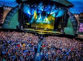 Belgische hiphoppers van blackwave. vervangen afsluiter van Lokerse Feesten