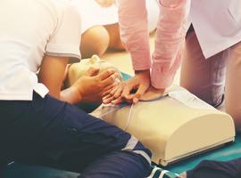 D'ici 2025, tous les élèves du secondaire seront formés à la réanimation cardiaque