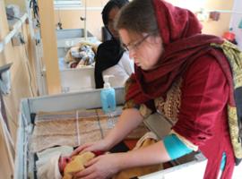 MSF cherche régulièrement des femmes gynécologues-obstétriciennes intéressées par une expérience professionnelle et humaine de six semaines à trois mois