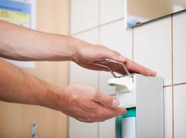 Des bactéries résistent aux gels hydro-alcooliques dans les hôpitaux