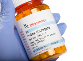 Trois des auteurs de l'étude controversée sur l'hydroxychloroquine du Lancet se rétractent