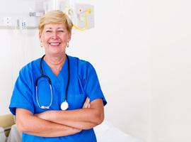 Les hôpitaux rappellent des infirmiers pensionnés