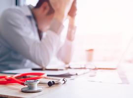 Link tussen ernst medisch incident en verwerkingsduur zorgverleners