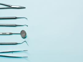 Trop de personnes âgées négligent le dentiste, selon les Mutualités Libres