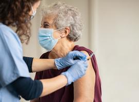 Wallonië en Brussel houden vaccinatieritme in woonzorgcentra aan