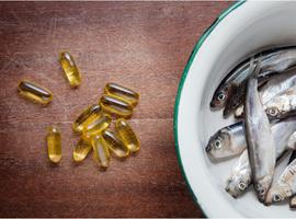 Hebben een voeding met veel poly-onverzadigde omega 3-vetten en supplementen van omega 3-vetten invloed op jichtaanvallen?