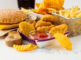 L'OMS publie un guide intitulé REPLACE sur les mesures à prendre à propos des acides gras trans
