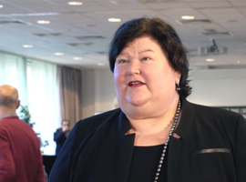 Ministerraad maakt beloofde middelen voor zorgpersoneel vrij