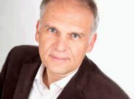 "Dr. Alain Destexhe (ex-MR wil Franstalige N-VA): ""Artsen, volg mij!"""