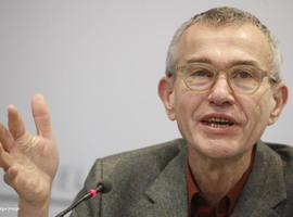 Rousseau (sp.a) behoudt volste vertrouwen in Vandenbroucke