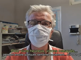 L'importance du masque: le Dr Xavier Van der Brempt fait le buzz sur YouTube