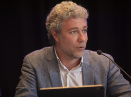 Alain Maron  convoqué par la commission Santé du Parlement bruxellois