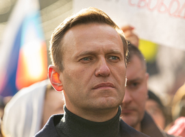 Navalny ontslagen uit ziekenhuis,