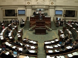 Auditions  au Parlement sur le réseautage clinique : un timing inapproprié