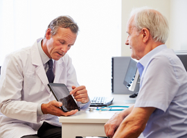 La polyarthrite rhumatoïde: des premiers symptômes à l'entame du traitement à travers les yeux du patient