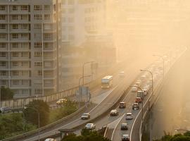 La pollution atmosphérique accroît le risque d'AVC et d'infarctus (étude)