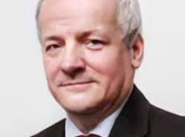 Tsjechische minister Volksgezondheid - epidemioloog zondigde tegen eigen coronaregels