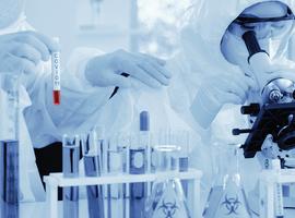Coronavirus - La Commission européenne conclut son premier accord d'achat anticipé de vaccins avec AstraZeneca