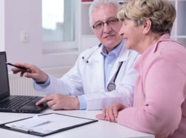Santé sur le web: le médecin incontournable