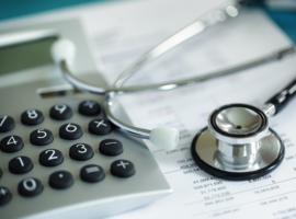Huisarts niet laten bedelen voor honorarium bij medische huizen