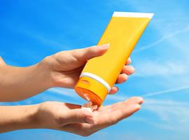 Une crème solaire espagnole retirée du marché belge pour manque de protection