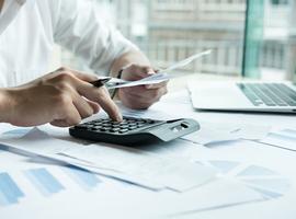 Prolongation du report et de la dispense des cotisations sociales pour les indépendants