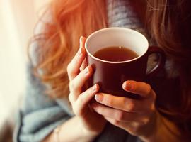 Thee drinken zou het risico op atherosclerose verlagen en de levensduur verlengen