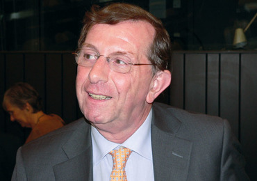 """Prof. Christian Sindic:""""MAVENCLAD®,het beste compromis tussen werkzaamheid en levenscomfort"""""""