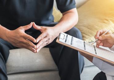 Le nombre de jeunes suivant une psychothérapie a augmenté de près de 50% en cinq ans (MC)