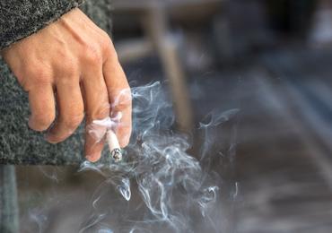 Aantal dagelijkse rokers blijft al drie jaar stabiel (Stichting tegen Kanker)