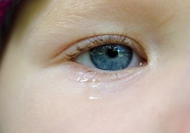 UZ Brussel onderzoekt of traanvochttest vervelende neuswisser kan vervangen