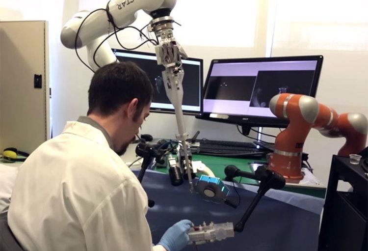 Star De Robot Die Menselijke Darmen Kan Hechten Numerikare