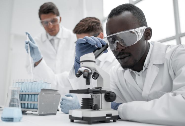 les r u00e8gles encadrant la profession de technologue de laboratoire m u00e9dical sont modernis u00e9es