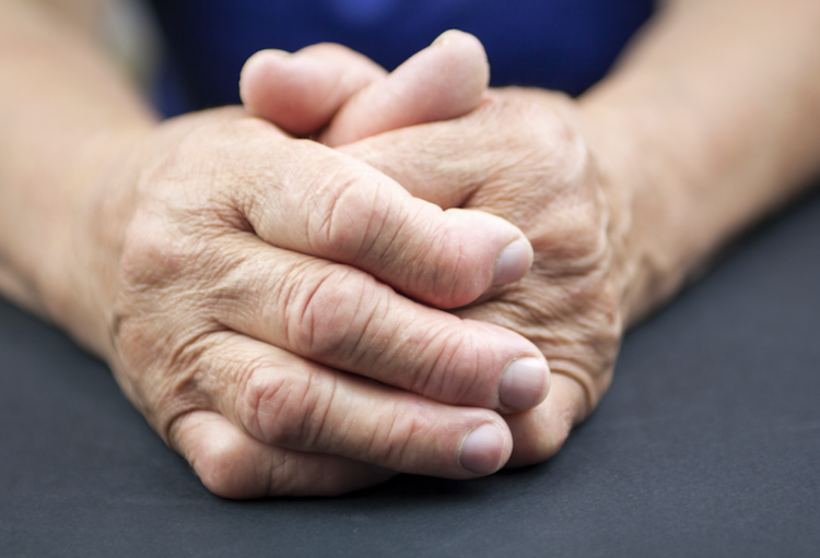 Enquête parmi les patients belges souffrant de polyarthrite ...